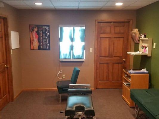 Chiropractic Palmyra MO Adjusting Room